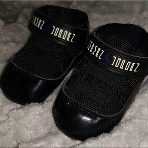 Black infant jordans